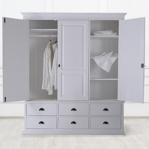 Большой платяной шкаф Léonarde